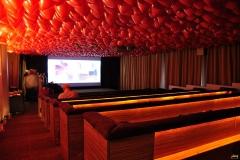 Roter Ballonhimmel Kino East Hotel
