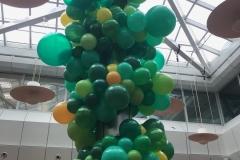 Unregelmäßige Ballongirlande