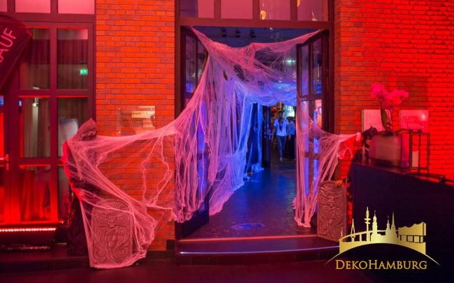 Eingang East Restaurant Halloween Dekoration