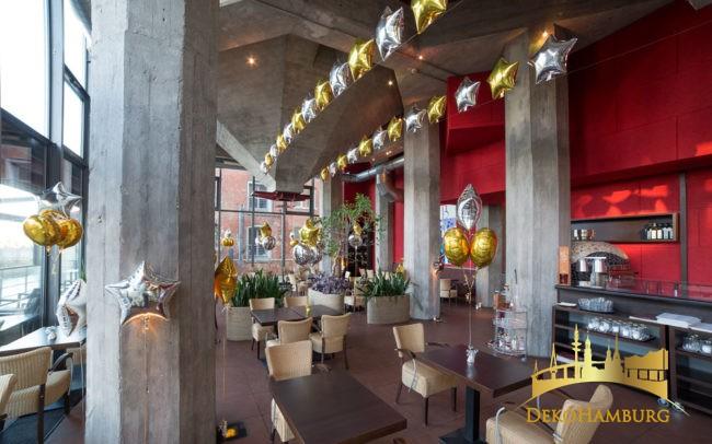 Ballongirlanden zur Restaurant Dekoration