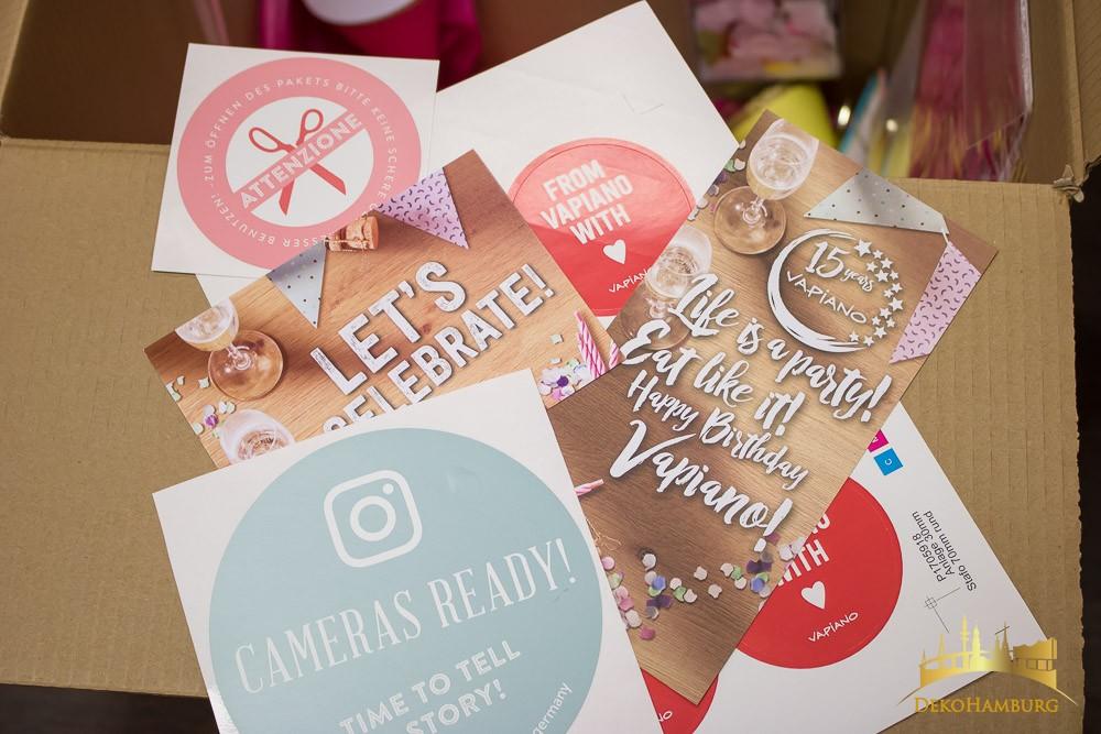 Karten und Aufkleber für Werbepaket Vapiano